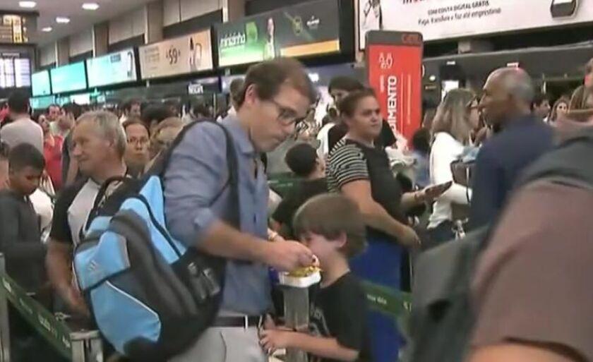 Congonhas teve voos cancelados e atrasados pela chuva de ontem em São Paulo (SP)