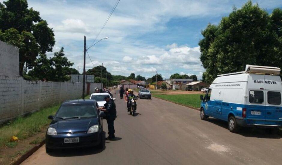 Onze veículos foram apreendidos nas abordagens e encaminhados para o pátio do Departamento Estadual de Trânsito (Detran).
