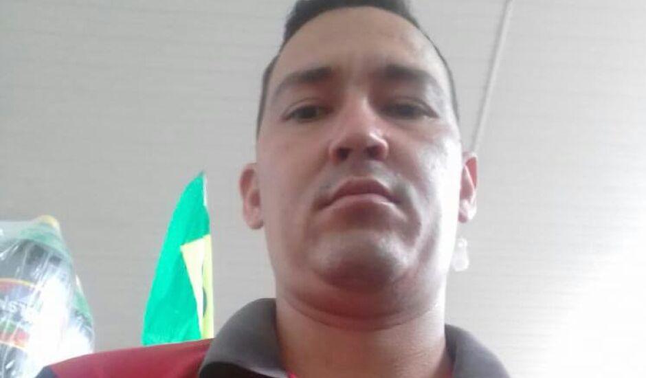 Vando ou D2, como era conhecido, era suspeito de participar do assassinato de um policial civil