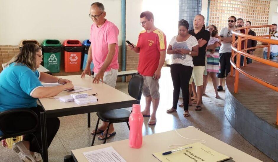 Pais de alunos, estudantes, professores e funcionários das escolas definiram os gestores em eleições diretas