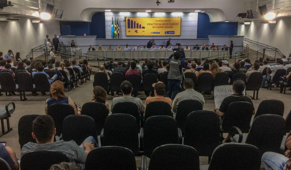 Audiência reuniu empresários e representantes do ramo de eventos