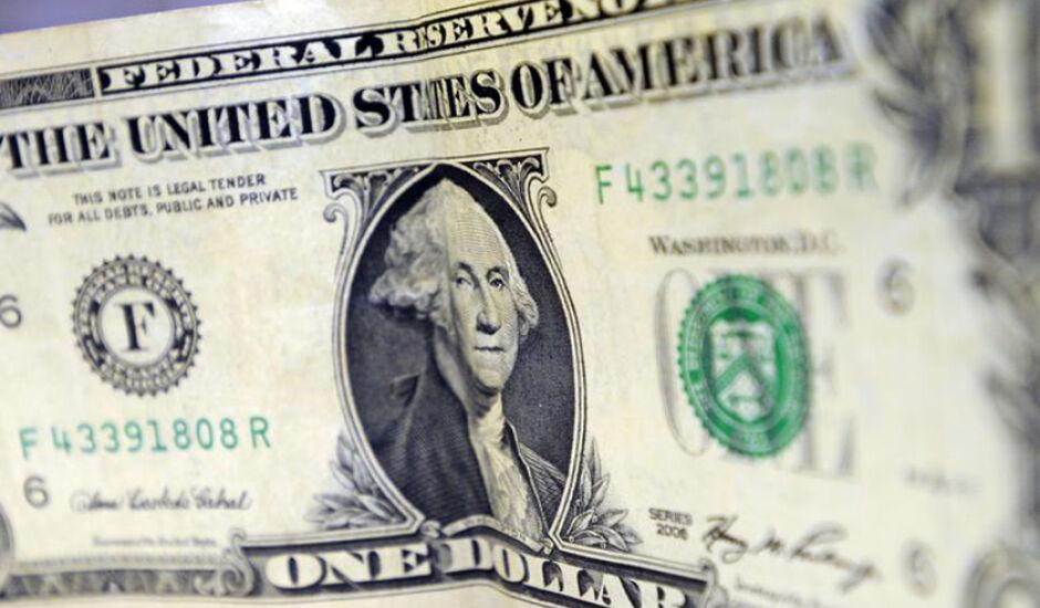 Dólar deve se manter em R$ 3,80, segundo mercado financeiro