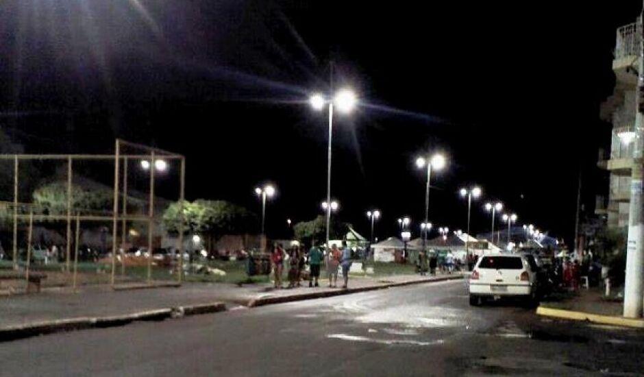 Antes da briga oponentes passaram a noite bebendo em avenida onde é realizado o carnaval de rua da cidade