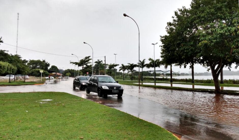 Dia de chuva em Três Lagoas
