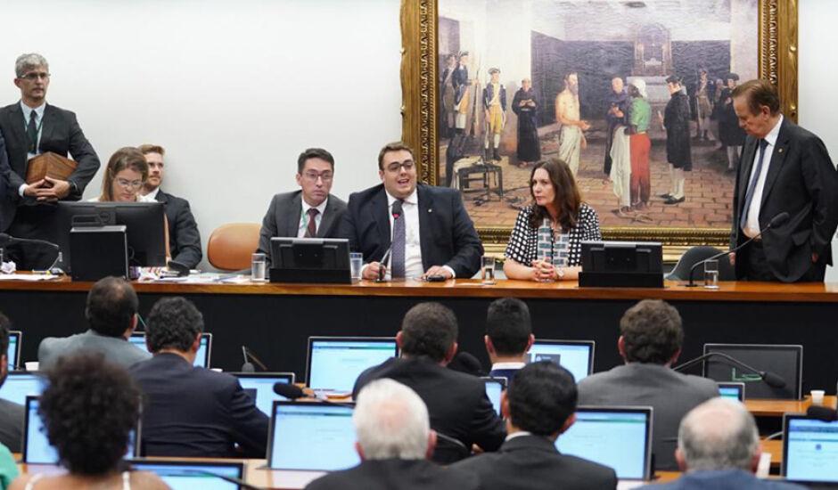 Escolha de membros da CCJ ocorreu no meio da semana